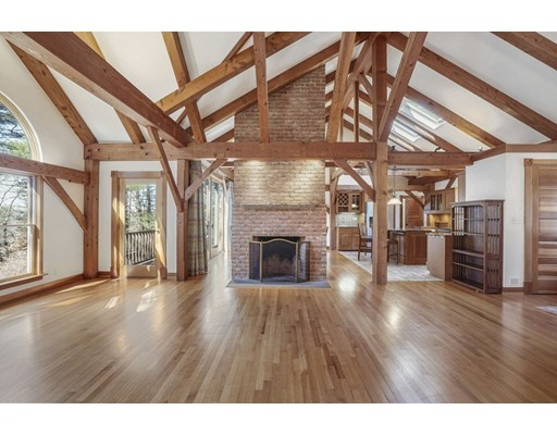 Picture 6 of 445 Conant Rd  Weston Ma 4 Bedroom Single Family