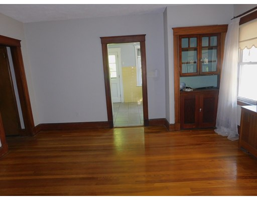 Picture 5 of 136 Elliot Ave  Quincy Ma 2 Bedroom Single Family