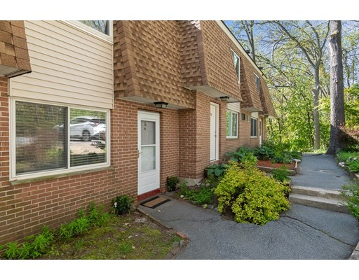 Picture 2 of 236 18th St Unit 23 Dracut Ma 2 Bedroom Condo