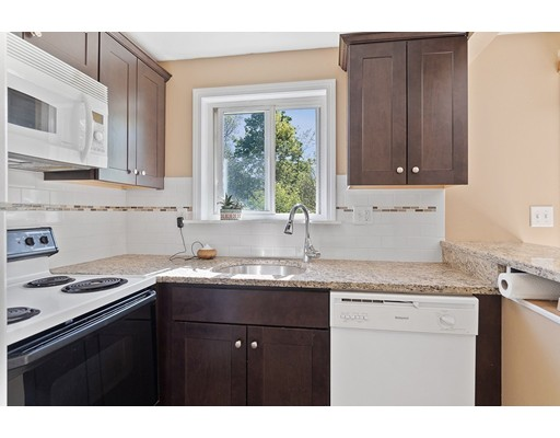 Picture 6 of 236 18th St Unit 23 Dracut Ma 2 Bedroom Condo