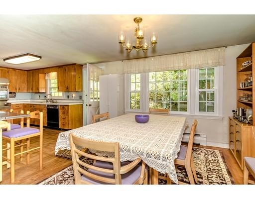 Picture 5 of 515 Concord  Sudbury Ma 3 Bedroom Single Family