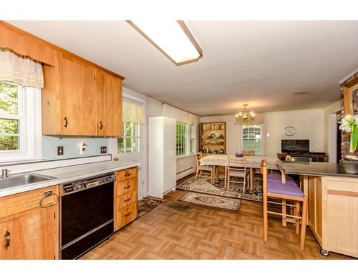 Picture 8 of 515 Concord  Sudbury Ma 3 Bedroom Single Family