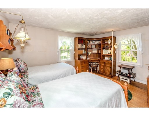Picture 12 of 515 Concord  Sudbury Ma 3 Bedroom Single Family