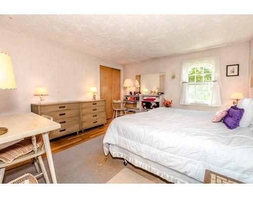Picture 13 of 515 Concord  Sudbury Ma 3 Bedroom Single Family