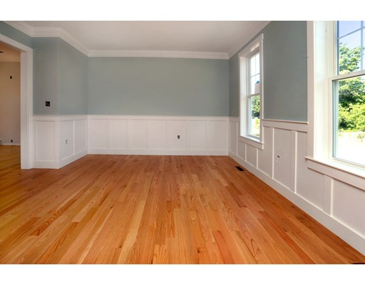 Picture 8 of 165 Orchard St  Newbury Ma 4 Bedroom Single Family