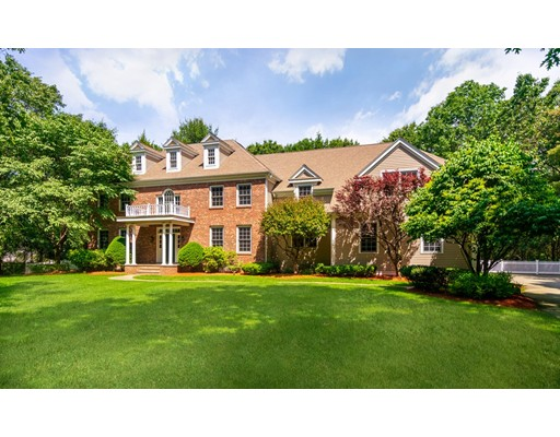Picture 1 of 371 Wellesley St  Weston Ma  5 Bedroom Single Family
