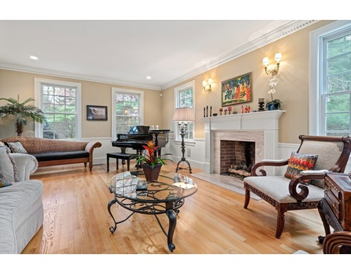 Picture 4 of 371 Wellesley St  Weston Ma 5 Bedroom Single Family