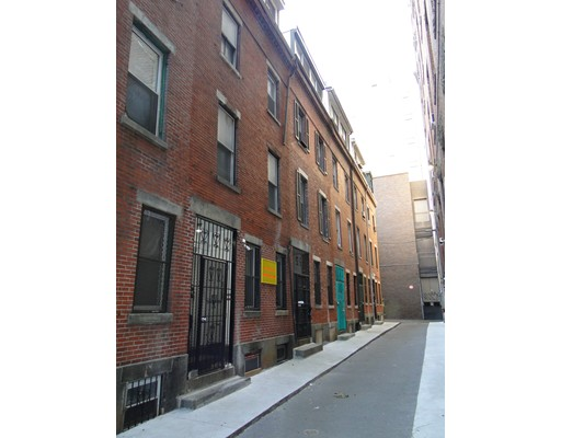 Picture 1 of 8 Oxford Place  Boston Ma  6 Bedroom Multi-family#
