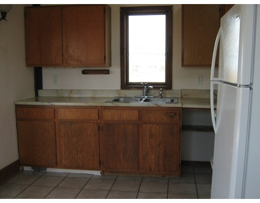 Picture 3 of 65 North End Blvd  Salisbury Ma 1 Bedroom Single Family