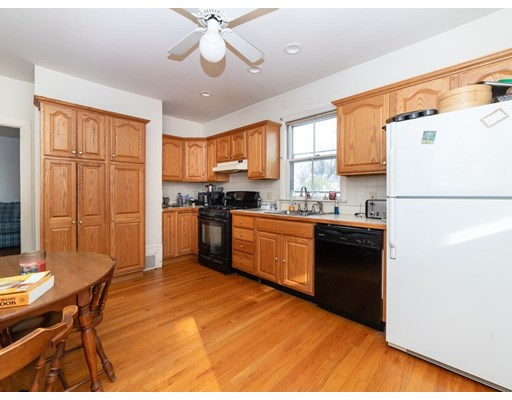Picture 8 of 19 Wellsmere Rd  Boston Ma 3 Bedroom Single Family