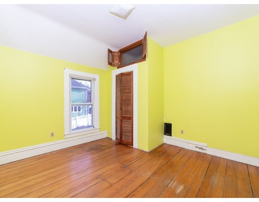 Picture 12 of 19 Wellsmere Rd  Boston Ma 3 Bedroom Single Family