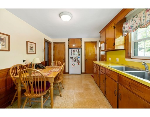 Picture 6 of 3 Amey  Wayland Ma 3 Bedroom Single Family