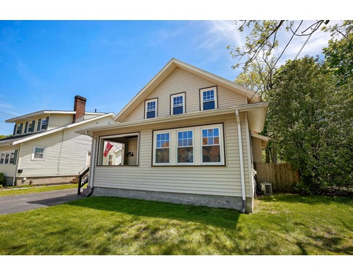 Picture 1 of 6 Hanson St  Wakefield Ma  3 Bedroom Single Family