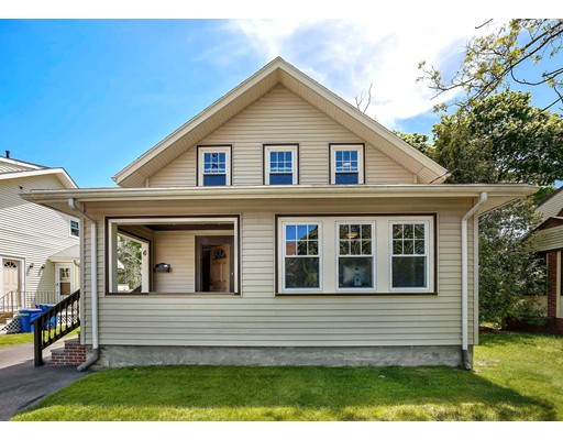 Picture 2 of 6 Hanson St  Wakefield Ma 3 Bedroom Single Family