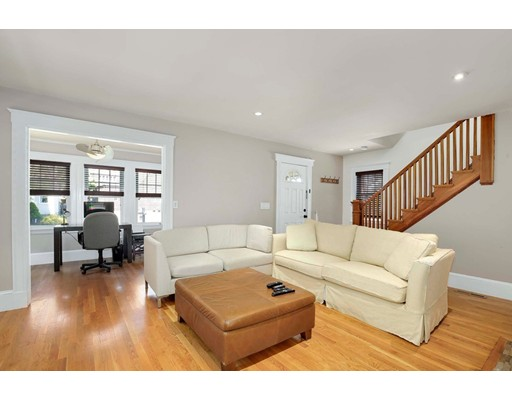 Picture 7 of 6 Hanson St  Wakefield Ma 3 Bedroom Single Family