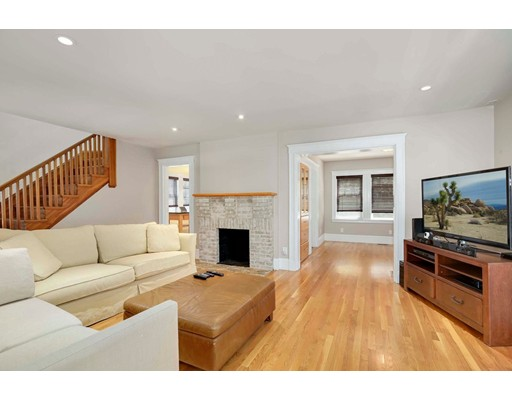 Picture 9 of 6 Hanson St  Wakefield Ma 3 Bedroom Single Family