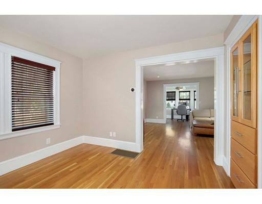 Picture 11 of 6 Hanson St  Wakefield Ma 3 Bedroom Single Family