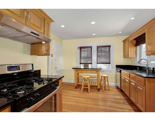 Picture 12 of 6 Hanson St  Wakefield Ma 3 Bedroom Single Family