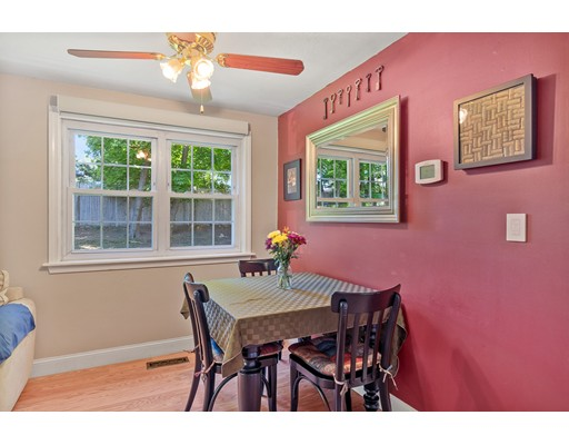 Picture 3 of 76 Kennedy Dr Unit 76 Chelmsford Ma 2 Bedroom Condo