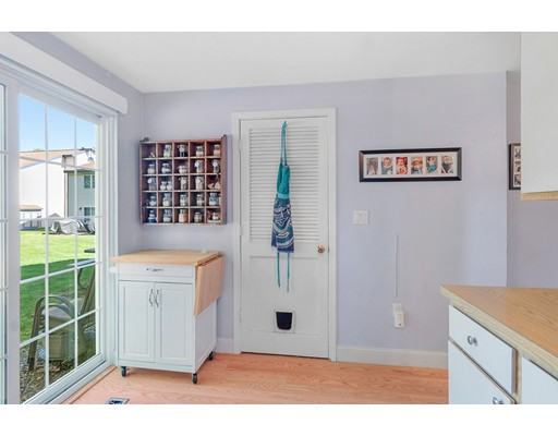 Picture 8 of 76 Kennedy Dr Unit 76 Chelmsford Ma 2 Bedroom Condo