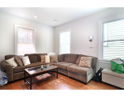 431 E 7th, Boston, Massachusetts, MA 02127, 4 Bedrooms Bedrooms, 6 Rooms Rooms,Rental,For Rent,4851526