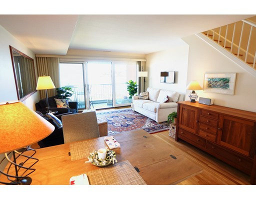Picture 4 of 30 Constitution Way Unit . Marblehead Ma 2 Bedroom Condo