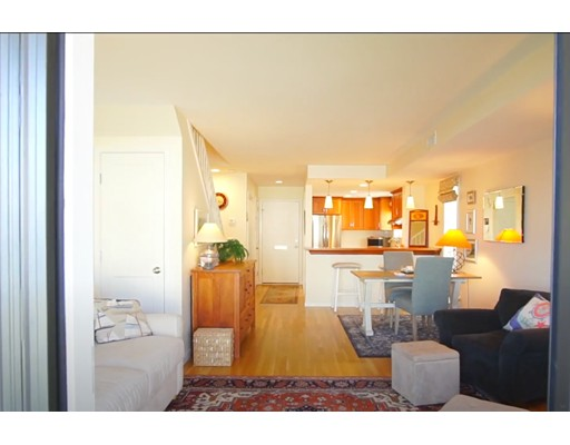 Picture 5 of 30 Constitution Way Unit . Marblehead Ma 2 Bedroom Condo