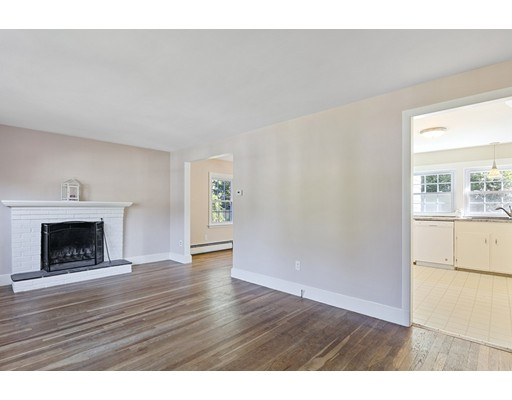 Picture 3 of 22 Beverly Ave  Marblehead Ma 3 Bedroom Single Family