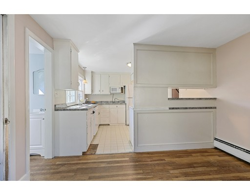 Picture 7 of 22 Beverly Ave  Marblehead Ma 3 Bedroom Single Family