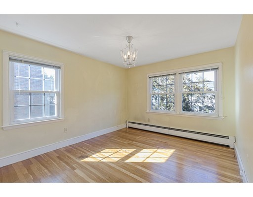 Picture 10 of 22 Beverly Ave  Marblehead Ma 3 Bedroom Single Family