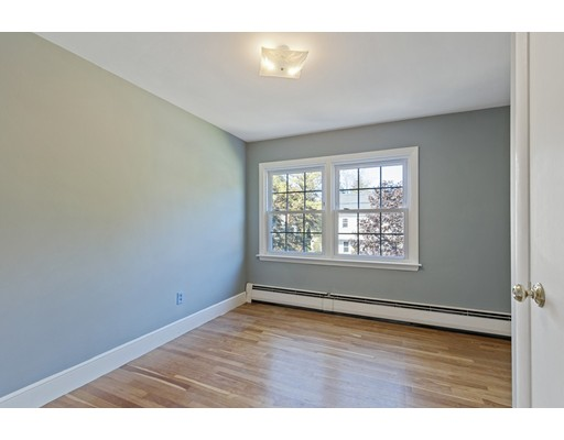 Picture 12 of 22 Beverly Ave  Marblehead Ma 3 Bedroom Single Family