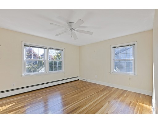 Picture 13 of 22 Beverly Ave  Marblehead Ma 3 Bedroom Single Family