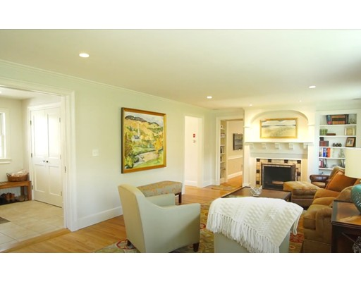 Picture 4 of 9 Gallison Ave  Marblehead Ma 5 Bedroom Single Family