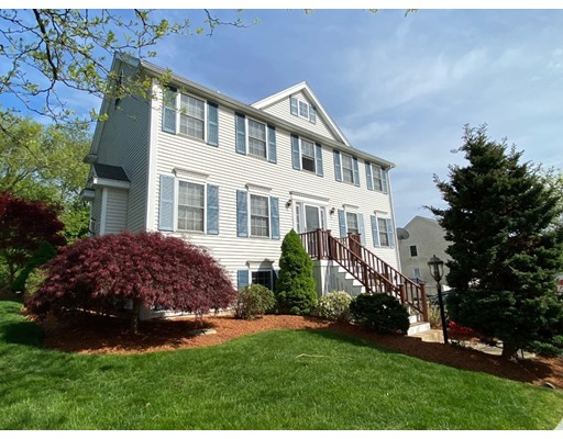 Picture 1 of 17 Parlee St  Salem Ma  3 Bedroom Single Family