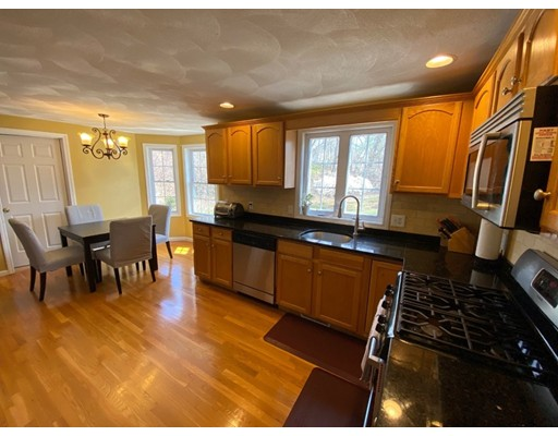 Picture 10 of 17 Parlee St  Salem Ma 3 Bedroom Single Family