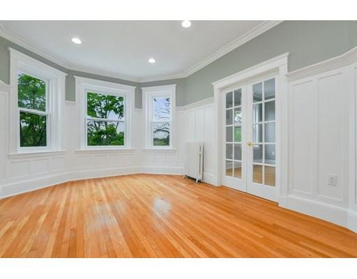 Westbourne Terrace, Brookline, MA 02446