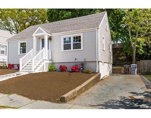 Picture 1 of 44 Barstow St  Salem Ma  4 Bedroom Single Family#