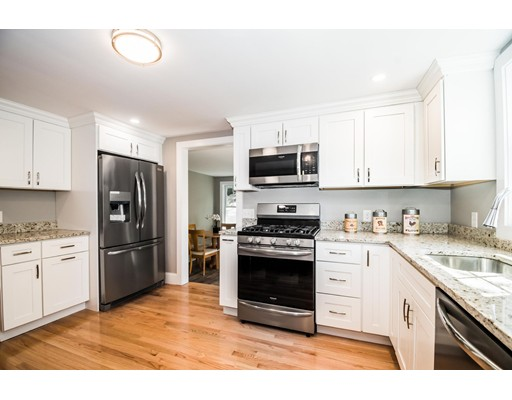 Picture 3 of 44 Barstow St  Salem Ma 4 Bedroom Single Family