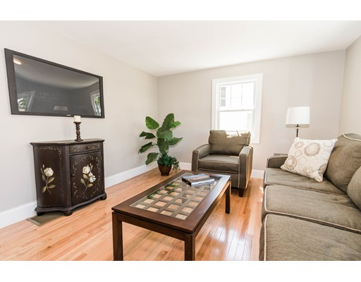 Picture 5 of 44 Barstow St  Salem Ma 4 Bedroom Single Family