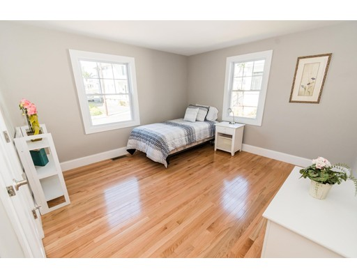 Picture 7 of 44 Barstow St  Salem Ma 4 Bedroom Single Family