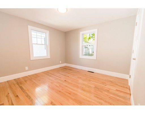 Picture 8 of 44 Barstow St  Salem Ma 4 Bedroom Single Family