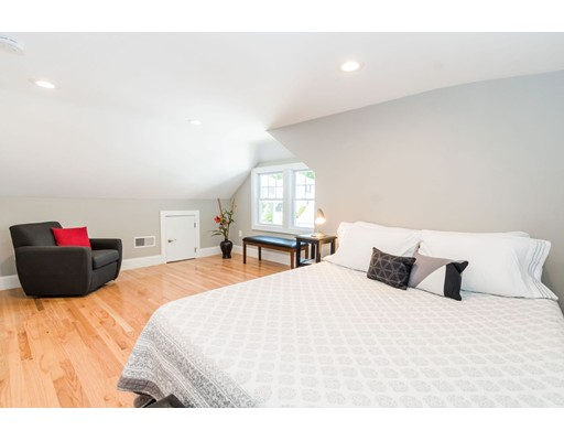 Picture 11 of 44 Barstow St  Salem Ma 4 Bedroom Single Family
