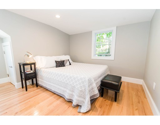 Picture 12 of 44 Barstow St  Salem Ma 4 Bedroom Single Family