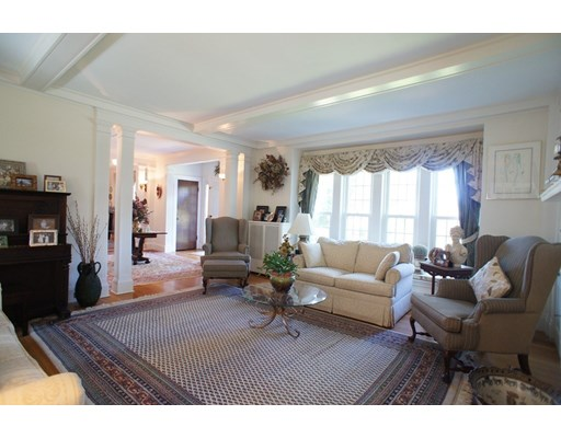 Picture 10 of 28 Glendale Rd  Quincy Ma 4 Bedroom Single Family