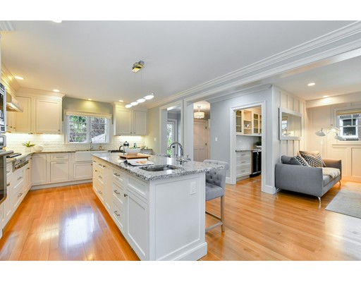 Picture 11 of 33 Huron Ave  Cambridge Ma 5 Bedroom Single Family