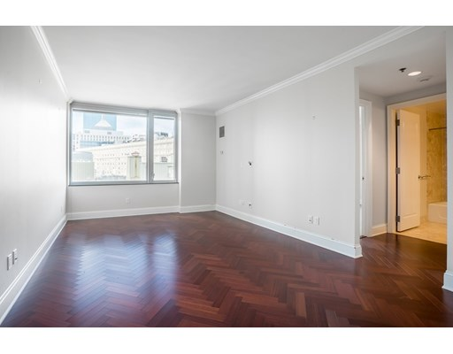 1 Charles St S #1001 Floor 10