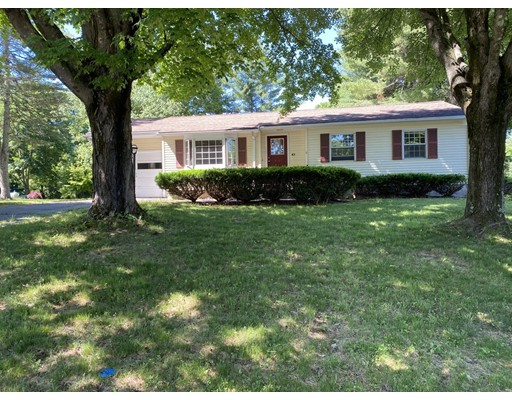 3 Beds, 1 Bath home in Amherst for $263,000