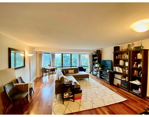 165 Tremont Street #502 Floor 5