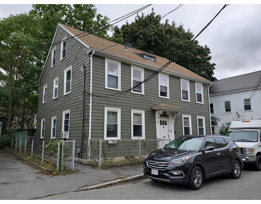 Picture 2 of 10 Becket St  Salem Ma 11 Bedroom Multi-family