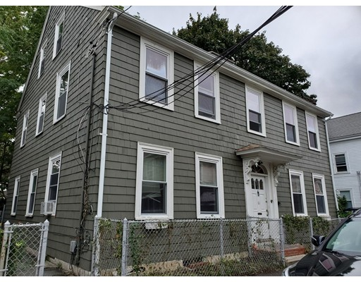 Picture 3 of 10 Becket St  Salem Ma 11 Bedroom Multi-family